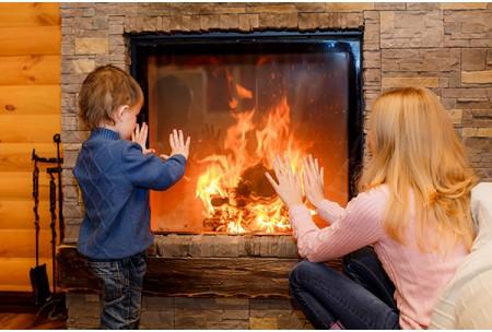 Отопление дома камином: за или против?